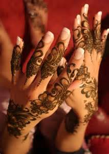 Fancy-Mehndi-Designs