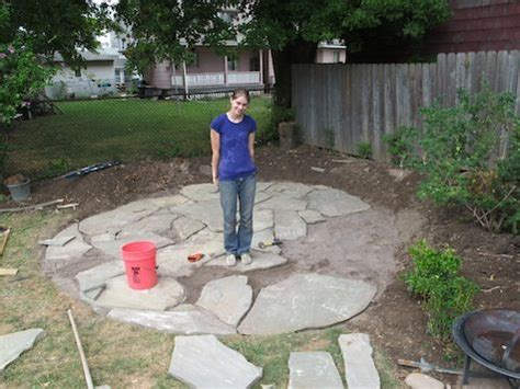 laying a flagstone patio diy flagstone patio good tips for laying crusher and sand gardening outdoors pinterest