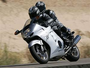 Honda Cbr 1100 Xx : 2006 honda cbr1100xx super blackbird motorcycle wallpaper ~ Medecine-chirurgie-esthetiques.com Avis de Voitures