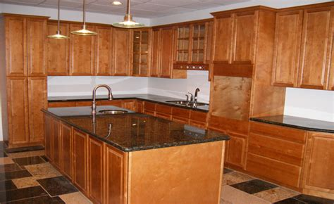 toffee maple kitchen cabinets l e and kitchen supply columbus kitchens 6274
