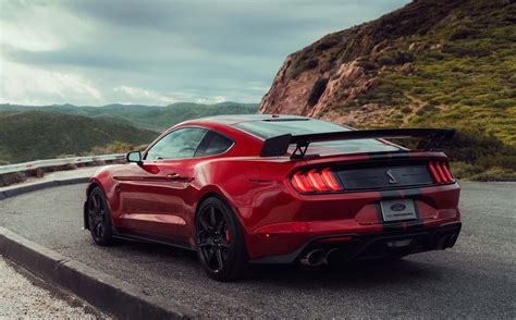 ford mustang shelby gt  reasons