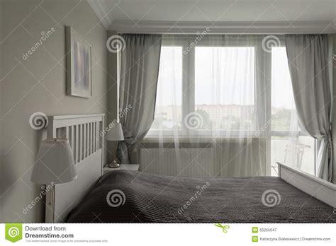 chambre blanche et chambre à coucher blanche et grise romantique photo stock