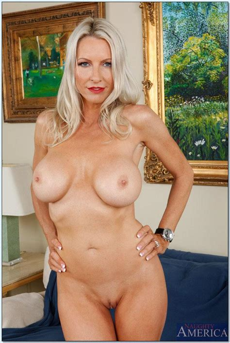 Emma Starr Stunning Blonde Milf Gets Fucked Naughty America Pictures