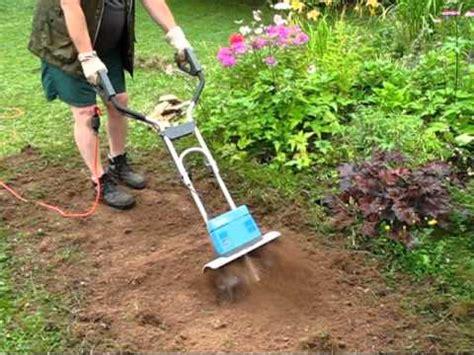 Arbeit Mit Der Motorhacke Im Garten Youtube