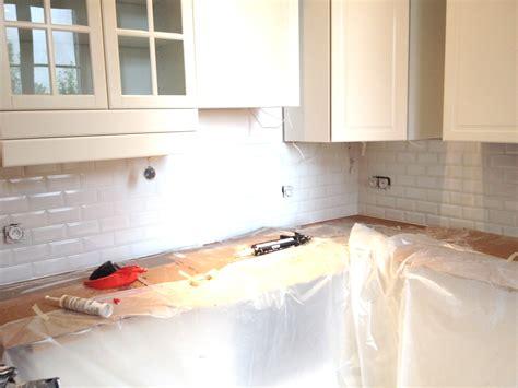 ikea cuisine meuble haut blanc meuble haut salle de bain ikea maison design bahbe com