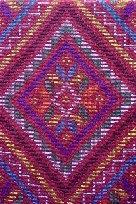 textile tribes   philippines yakan weaving weddings