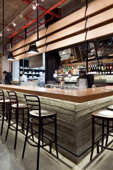 industrial  wood  concrete  giraffe restaurant