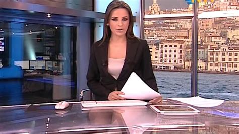burcu kaya ko 231 beautiful turkish tv presenter 09 03 2013