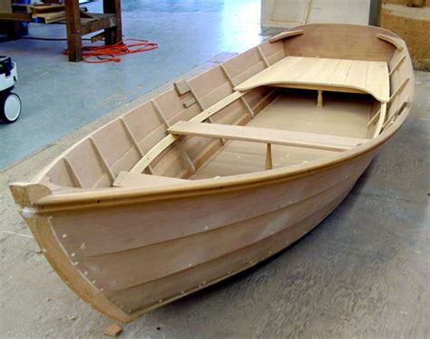 wooden boat dinghy