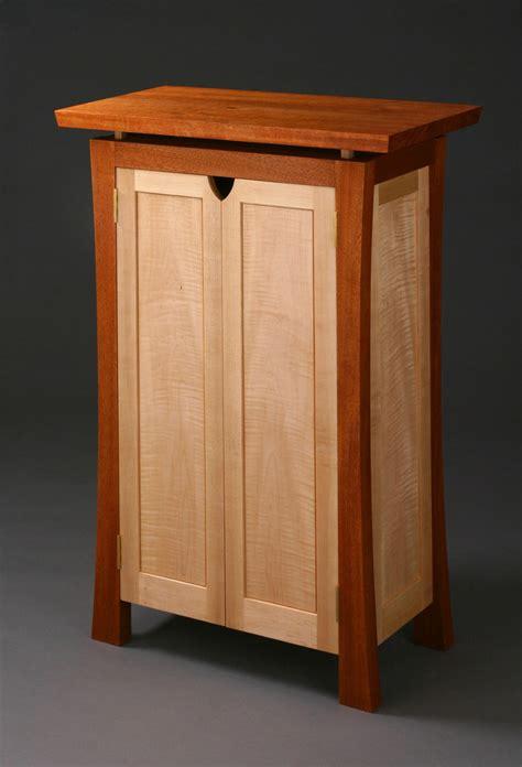 merritt malin case piece finewoodworking