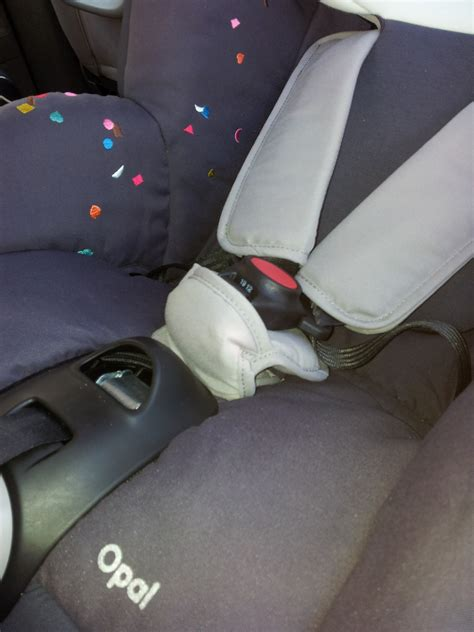 siege auto bébé confort opal j 39 ai testé le siège auto opal de bébé confort cadeau
