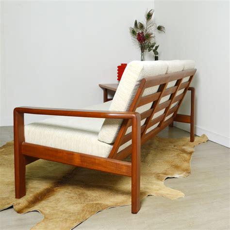 location tables et chaises location de tables et chaises bar table elsavadorla