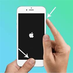 iphone wont hold charge solved iphone won t charge here s an easy way to fix it