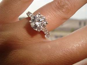 beautiful 2 carat engagement rings on hand models 26 three With 2 karat wedding ring