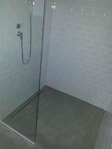 Dusche Mit Glaswand : walk in dusche mit glaswand terrassendach lamellendach sichtbeton ~ Orissabook.com Haus und Dekorationen
