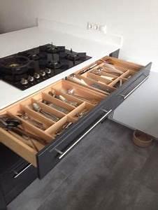 Küche Praktisch Einräumen : 25 arbeitsplatten f r k chen die sie mit ihrem design faszinieren arbeitsplatten f r k chen ~ Markanthonyermac.com Haus und Dekorationen