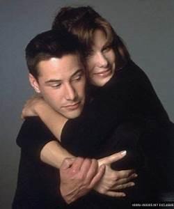 Keanu Reeves & Sandra Bullock as Jack Traven & Annie ...