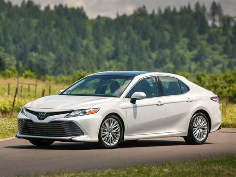 toyota camry 2018 toyota camry specs details pricing