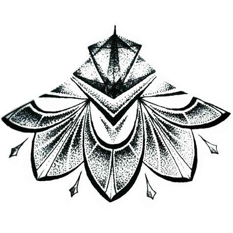 tattoo temporaire mandala sous poitrine