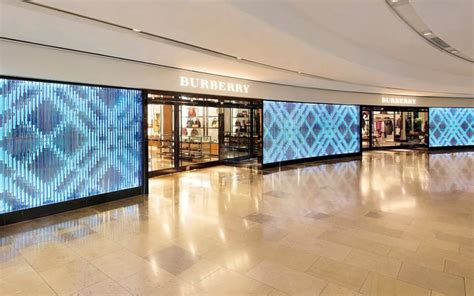 burberry flagship store  pacific place hong kong