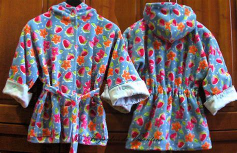 patron robe de chambre femme patron veste kimono femme et enfants au jardin de