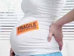 Kondom atau alat kontrasepsi sendiri merupakan penghalang yang terbuat dari bahan karet lateks, bahan ini tentu harus melewati uji klinis yang sehat. 25 Tips Sehat Ibu Hamil | Informasi-Informasi Penting yang perlu Anda ketahui - Andrias Saputra ...