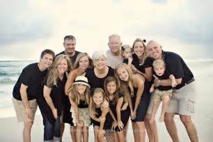 20 great family photo ideas for poses