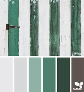 Farbpalette Wandfarbe Grün : a door green color s pinterest farbstreifen farbe blau und blau gr n ~ Indierocktalk.com Haus und Dekorationen