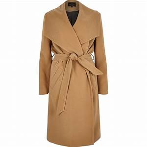 River island camel belted robe coat in brown lyst for Robe river island