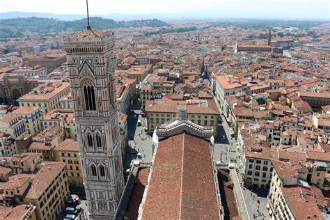 La Cupola Duomo Di Firenze by File Cupola Duomo Di Firenze Vista Santa
