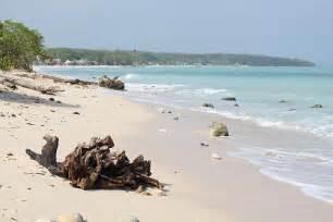 Beaches in Playa Blanca Cartagena Colombia