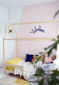 Cabane Lit Enfant : un lit cabane dans une chambre d 39 enfant blueberry home ~ Melissatoandfro.com Idées de Décoration