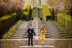 engagement photos at thanksgiving point lehi utah
