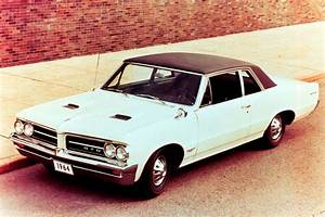 1964 Pontiac GTO best muscle cars Top 10 best muscle
