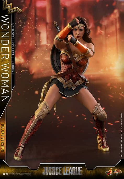 Hot Toys Justice League Wonder Woman Figure Up For Preorder