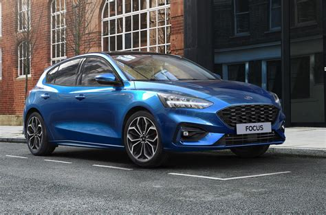 ford focus gains mild hybrid options  zetec