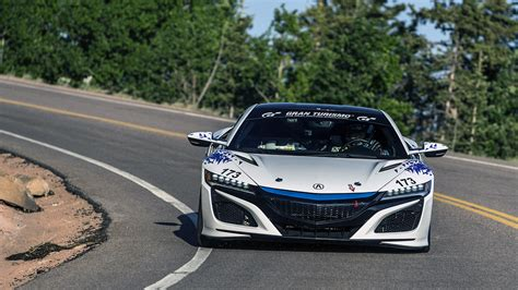 acura nsx hybrid wins time attack 2 division at pikes peak