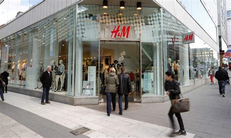 hm eyes internet  store expansion  counteract profit plunge