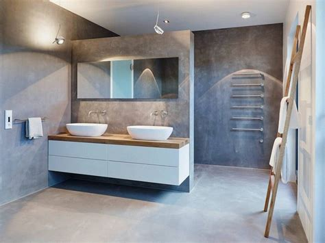 bureau ovale maison blanche meubles blanc et bois et salle de bain béton ciré