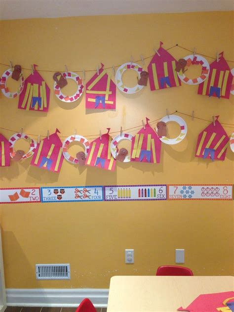 best 25 circus theme crafts ideas only on 969 | 1fb17bca89c60451f22c1c100560f3ac preschool circus theme preschool themes