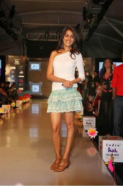 Genelia Souza Dsouza Latest Wallpapers Legs Personal