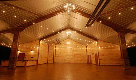 beautiful wedding venue  southeast oklahoma wedding
