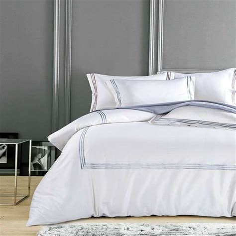 White And Gold Bed Covers by White Luxury Hotel Bedding Sets King Size