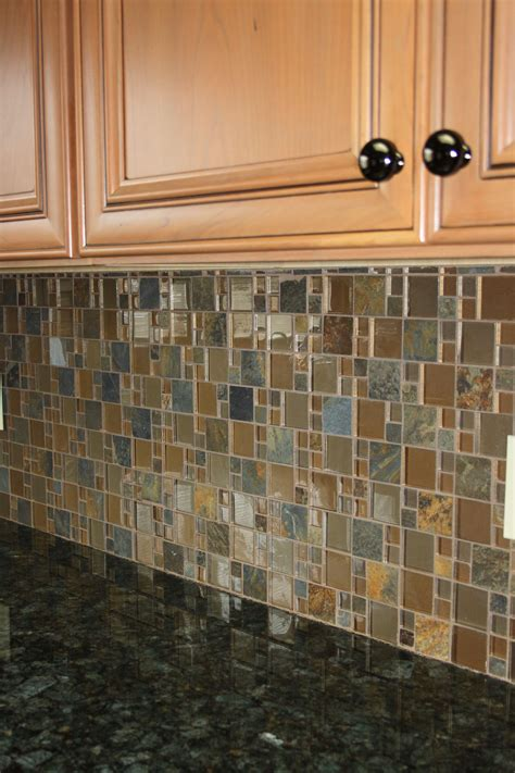designs for backsplash in kitchen verde peacock granite top with a glass slate mosaic 8677