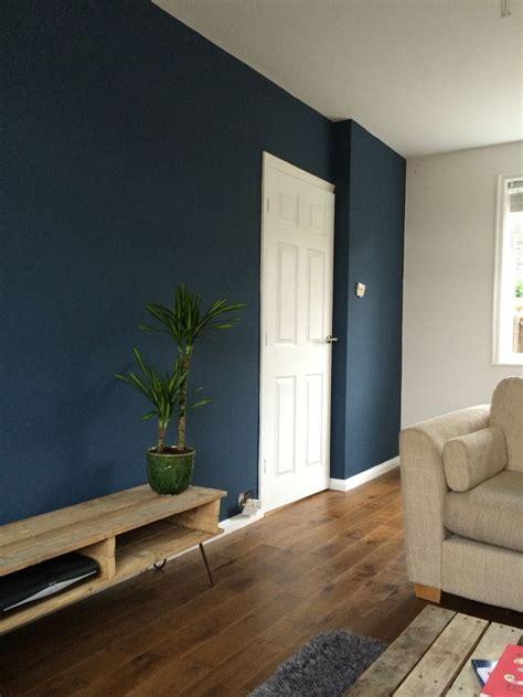 farrow  ball stiffkey blue   living room living