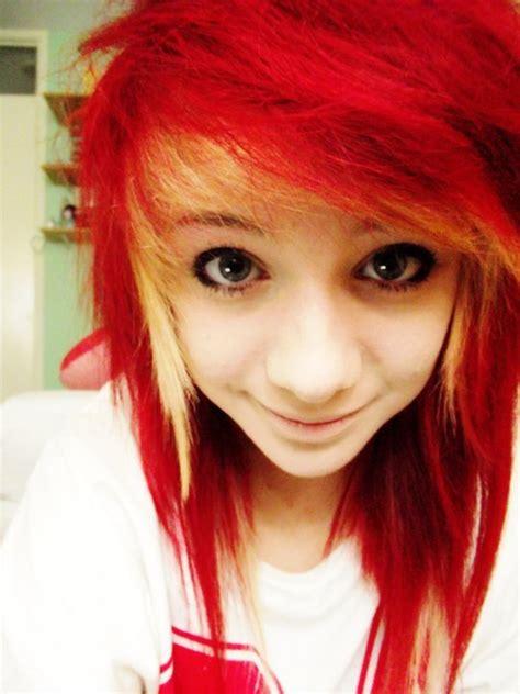 Alternative Cute Dyed Hair Emo Girl Image 336364 On