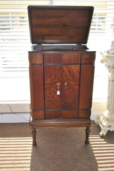 turntable cabinet 271 antique turntable cabinet lot 271