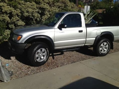 toyota tacoma 2 door sell used 2004 toyota tacoma pre runner standard cab