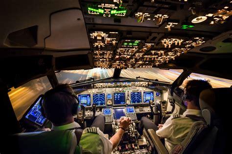 commercial airline pilot pilot career