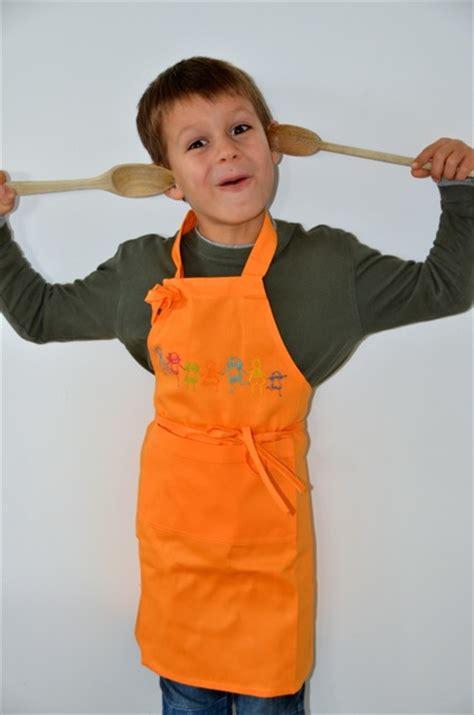 tablier enfant personnalis je cuisine comme un chef tablier cuisine fille blanzza com
